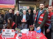 ALI DEVECI - Nazilli'de CHP'li Gençler Çocukları Sevindirdi