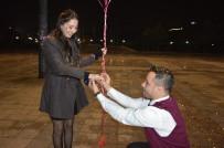 EVLİLİK TEKLİFİ - Yeni Yıla Evlilik Teklifi İle Girdiler