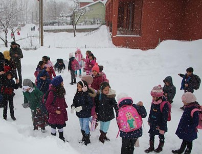 Ardahan'da eğitime kar engeli