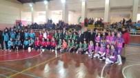 BEDEN EĞİTİMİ - Aslanapa Yıldızlar Kız Futsal Takımı Şampiyon Namağlup Oldu