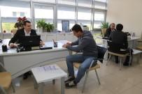 İŞ GÖRÜŞMESİ - Binlerce Kişiyi İş Sahibi Yapan Mobil Cv Bank, E- Belediyede