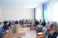 SÜLEYMAN ŞIMŞEK - Darende Belediyesi'nden 300 Öğrenciye Kışlık Mont