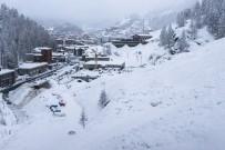 İSVIÇRE - İsviçre'de 13 bin turist mahsur kaldı