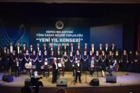 ERDEM BAYAZıT - Kepez TSM Korosu'ndan Yeni Yıl Konseri