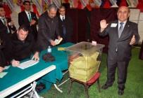 BEKIR YıLMAZ - Salihli'de Esnaf 7. Kez Yüksel Hisar'ı Seçti