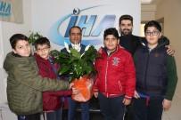 ALI KıLıÇ - Sinema Ve Fotoğrafçılık Kulübü Öğrencilerinden İHA'ya Ziyaret
