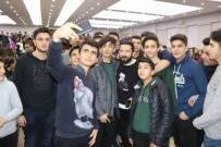 ENGELLİ ÖĞRENCİLER - Sosyal Medya Fenomeni Azad Yılmaz Öğrencilerle Buluştu