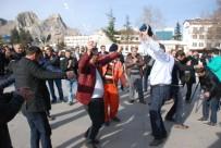 BAYRAM HAVASI - Taşeron İşçilerin Davullu, Zurnalı Kadro Kutlaması