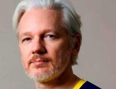 Wikileaks kurucusu Assange'a vatandaşlık verdiler