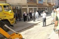 ADNAN MENDERES - Akdeniz'de Yol Çalışmaları Devam Ediyor