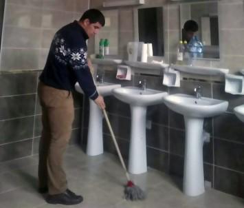 Avrupa Şampiyonuna Temizlik Yaptırılıyor İddiası
