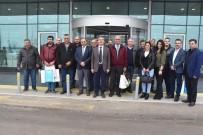 GÖKHAN KARAÇOBAN - Başkan Karaçoban'dan Gazetecilere Jest