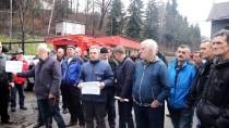 KÖMÜR MADENİ - Bosnalı Bir Grup Madenci Açlık Grevine Başladı