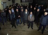 ENERJİ BAKANLIĞI - Güngören'de Trafo Patladı, Vatandaş Sokağa Döküldü
