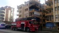 KıLıÇARSLAN - Manisa'da Ev Yangını Korkuttu Açıklaması 3 Kişi Dumandan Etkilendi