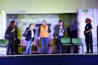 KENAN YıLDıRıM - Metro Canavarı Büyük Beğeni Topladı