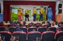 KULLAR - Nurdağı'nda Öğrencilere Tiyatro Gösterisi