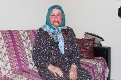Yaşlı kadını öldüresiye dövdü
