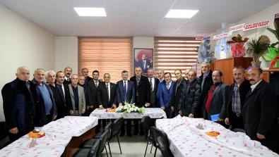 Rize Valisi Erdoğan Bektaş, Muhtarlarla Bir Araya Geldi