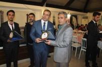 Şanlıurfa'da İhlas Haber Ajansına Plaket
