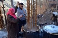 DEVLET KATKISI - Sason'da Tonlarca Cevizli Sucuk Üretiliyor
