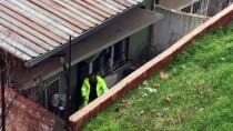 POLİS MERKEZİ - Şüpheliyi Kovalayan Polis Yüksekten Düştü