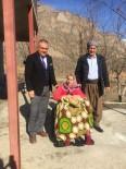 TEKERLEKLİ SANDALYE - UTF Kulübü Yürüme Engelli Anneyi Hayata Bağladı