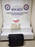 UYUŞTURUCU TACİRLERİ - Uyuşturucu Tacirlerinden Kuryeye Mektuplu Talimat