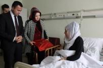 Uzan Çiftinden Hasta Ziyareti