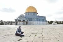 YENI CAMI - 'Yüz Yıllık Yalnızlık Kudüs, Mescid-İ Aksa' Fotoğraf Sergisi Açılıyor