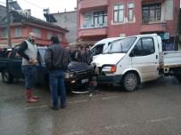 ENDÜSTRI MESLEK LISESI - Bafra'da Kaza Açıklaması 1 Yaralı