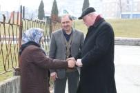 YENIDOĞAN - Başkan Kurt Yenidoğan Mahallesi'nin Sorunlarını Dinledi