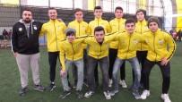 HÜSEYIN ÖNER - Burhaniye'de Mahalle Ligi Şampiyonları Ödüllendirildi