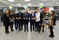 TOFAŞ - Bursalı Gazeteci Meslektaşlarını Fotoğrafladı