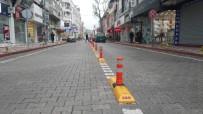 EDREMIT BELEDIYESI - Çayiçi Caddesinde Park Yasağı Uygulaması