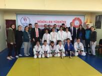 BEDEN EĞİTİMİ - Karaman'da Okullar Arası Judo İl Birinciliğinde Şampiyonlar Belli Oldu