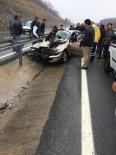 YENIKENT - Kayganlaşan Yolda Kontrolden Çıkan Otomobil Bariyerlere Çarptı Açıklaması 1 Ölü
