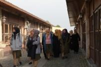 Kız Öğrenciler Adıyaman Üniversitesini Gezdi