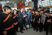 GÜMRÜK VE TİCARET BAKANI - Malatya'da 86 Amatör Spor Kulübüne 300 Bin Liralık Malzeme Yardımı