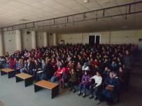 Midyat'ta Öğrenciler İçin Tiyatro Düzenlendi