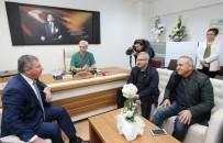 BELEDİYE MECLİSİ - Milletvekili Özdağ'dan Kahraman Ambulans Şoförüne Ziyaret