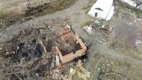 OLAY YERİ İNCELEME - (Özel) Bir Traktör Odunla, 5 Cesedi Yok Etmeye Çalışmışlar