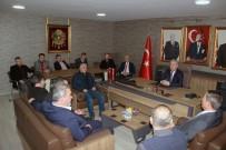 DIYALOG - Başkan Uysal'dan MHP İlçe Teşkilatına Nezaket Ziyareti
