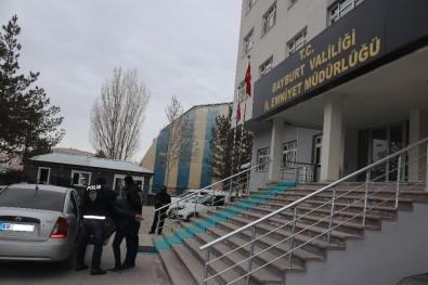 Bayburt'ta İki Hırsızlık Olayının Failleri Tutuklandı