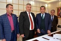 TOPLU SÖZLEŞME GÖRÜŞMELERİ - Ceylanpınar'da Belediye İşçileri 3 Yıllık Toplu Sözleşme İmzalandı