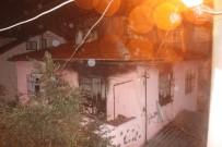 AHMET ÖZTÜRK - Evde Mahsur 83 Yaşındaki Adam Yanarak Can Verdi