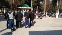 ÜMMET - Gaziantep'te Traktör Devrildi Açıklaması 1 Ölü, 2 Yaralı
