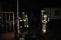 SAĞLIK EKİBİ - Konteynerde Yangın Açıklaması 3 Ölü