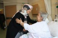 Şehit Annesine Hastanede Ziyaret