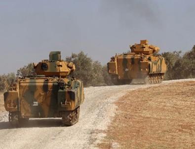TSK, Afrin'de PYD mevzilerini vuruyor